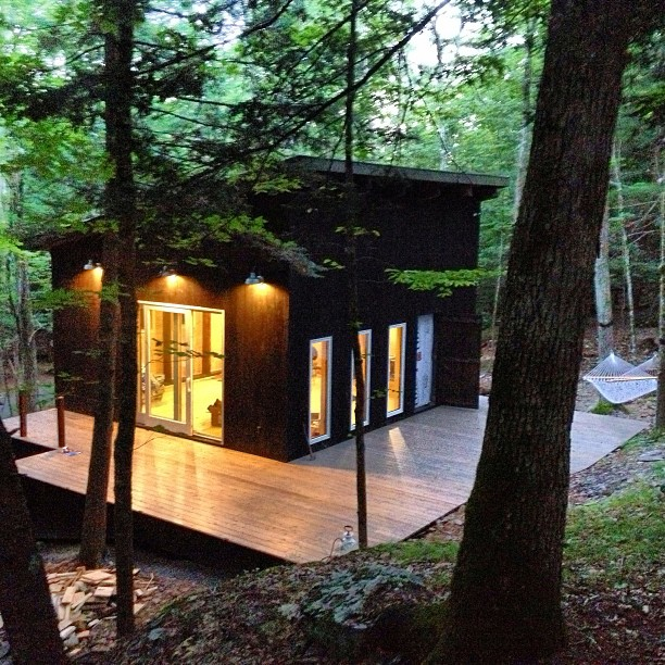 cabins catskills format apartment w auto ryan cabin credit oskin therapy modern in a q image the retro